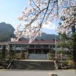 春の本校舎